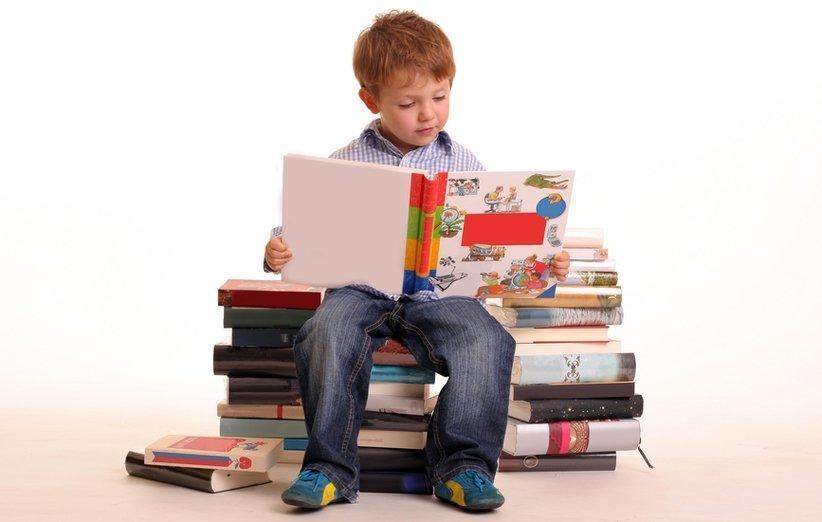 بهترین کتاب های کودک و نوجوان برای تربیت فرزندان پیروز