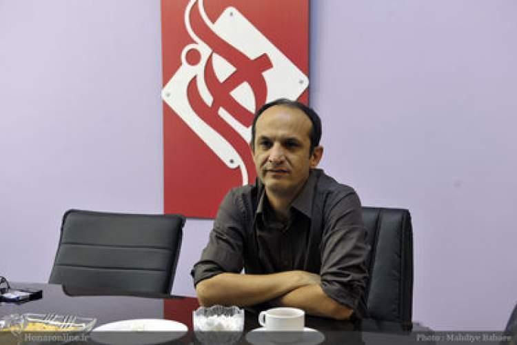علی اکبر علیزاد: کتاب هایی ترجمه و منتشر می شوند که احتیاج جامعه امروز نیستند ، در میان هنرمندان تحقیر نظریه وجود دارد